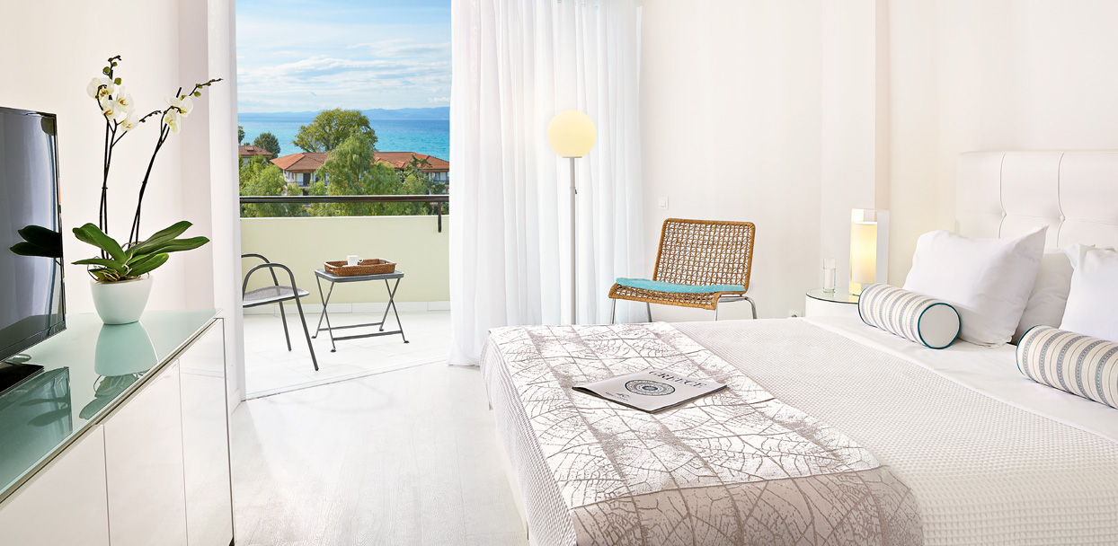 pella-beach-premier-room-sea-view-luxury-accommodation