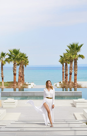 14-luxury-holidays-in-grecotel-pella-beach