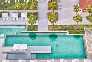 16-grecotel-margo-bay-luxury-resort-outdoor-swimming-pool