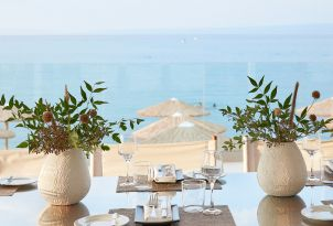24-dining-in-breezy-beachfront-all-day-beach-restaurant-margo-bay-hotel